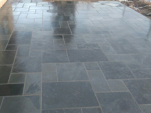 PANTHER BLACK PAVING Gallery Image